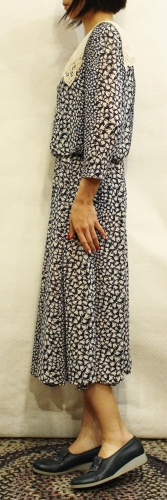 80'S RIBBON PRINTED LACE COLLAR 3/4 SLEEVE DRESS (NVY/WHT)
