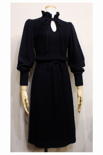 Late 70'S FRILL NECK PUFF SHOULDER KNIT DRESS (BLK)