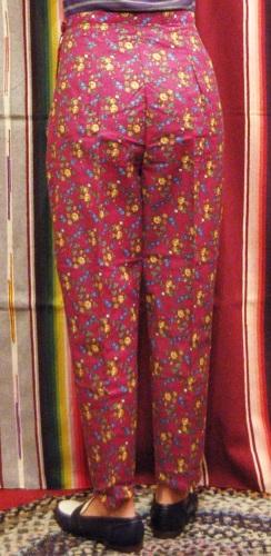 DEAD STOCK 60'S~ FLOWER PRINT SIDE ZIP SABRINA CIGARETTE PANTS(BGDY/BLE)