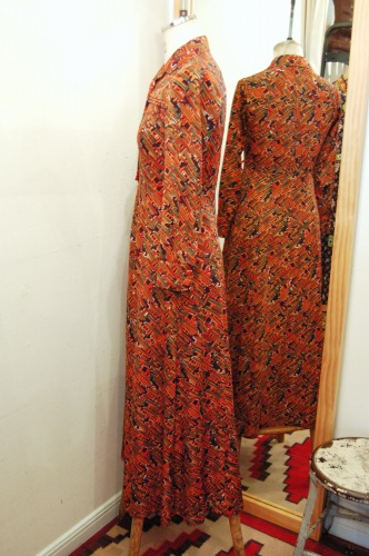 70'S~GEOMETRIC PRINT LONG DRESS (ORG/BLK/GRN/WHT)
