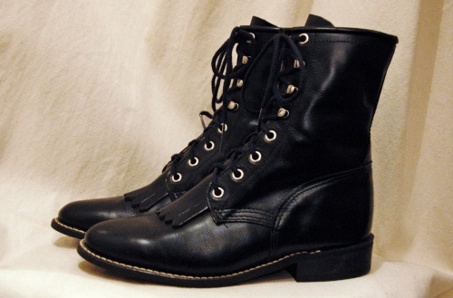 lace up short boots