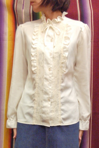 70'S~ LACE & FRILL PUFF SHOULDER BLOUSE(O.WHT)
