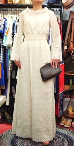 70'S~ EYELET FLOWER EMBROIDERED MAXI DRESS(L.LINEN)