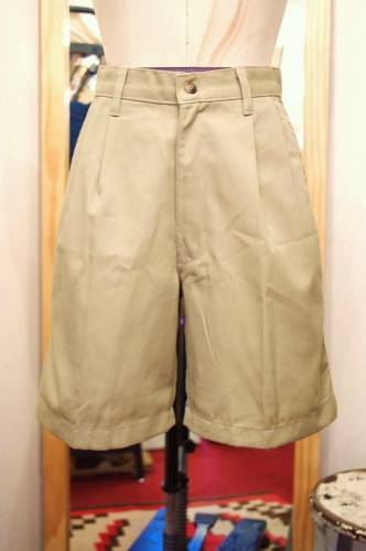 DEAD STOCK TUCK CHINO SHORT PANTS(BEIGE)