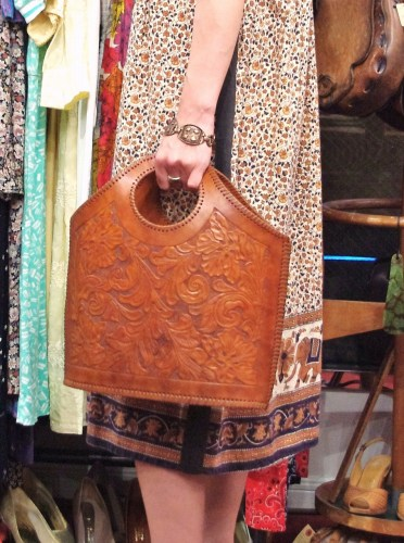 70'S~ HAND CARVING LEATHER TOTE BAG(M.BRN)
