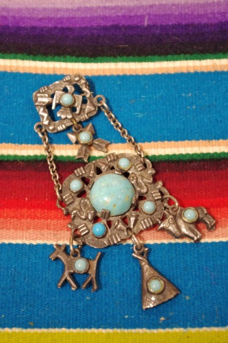 VINTAGE FRED HARVEY STYLE METAL & FAKE TURQUOISE 4 CHARM BROOCH