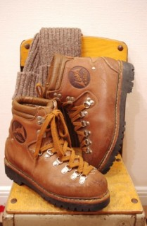 LOWA MOUNTAIN CLIMBING BOOTS(BRN/MADE IN GERMANY)