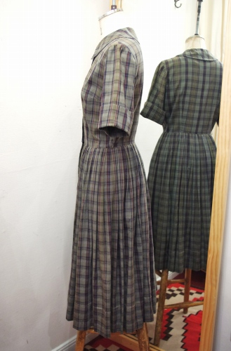 50'S~60'S CHECK FULL BUTTON COTTON DAY DRESS(S.GRN)