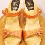70'S~ 2 BELTED WEDGE SOLE HIGH HEEL SANDAL(L.BRN)