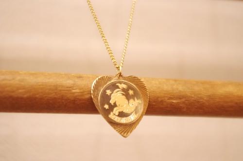 deadstock 70s zodiac pendant