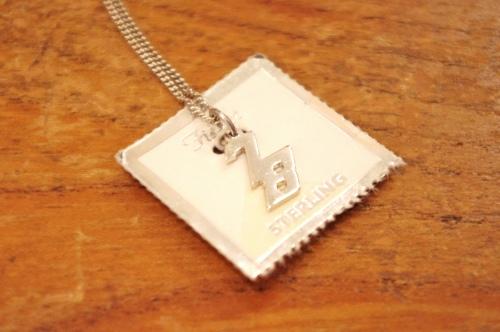 deadstock 70's silver pendant