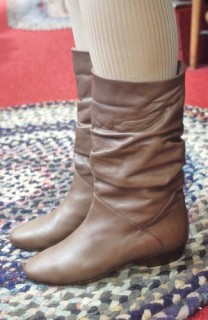 80'S~ LEATHER NUBUCK MIDDLE LENBTH BOOTS (BRONZE・MADE IN ITALY)