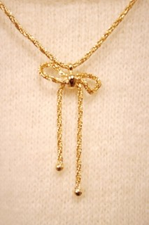 DEAD STOCK 80'S~ GOLD TONE BOW RIBBON PENDANT TWIST CHAIN(GLD)
