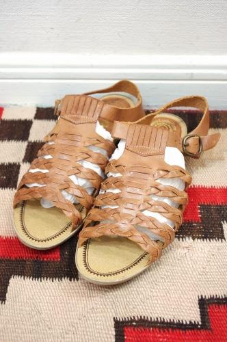 vintage mesh leather sandal