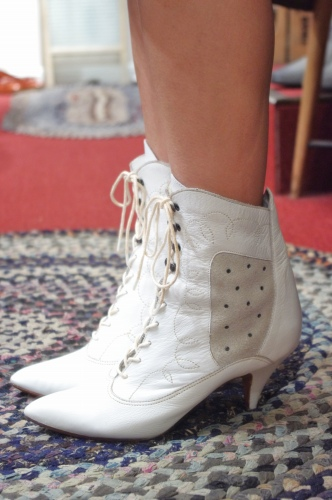 80'S~ LEATHER & SUEDE POINTED TOE LACE UP SHORT BOOTS(WHT)