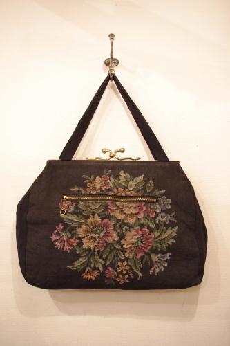 vitnage hand bag