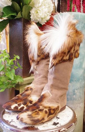 80'S~ CAPEZIO REAL FUR & SUEDE BOOTS(BEIGE)