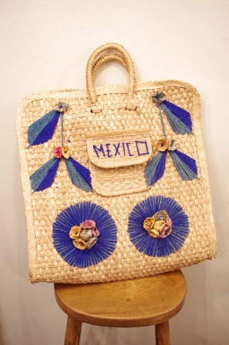 70'S~ MEXICAN FLOWER EMBROIDERD STRAW SHOULDER BAG(NTRL/BLE)