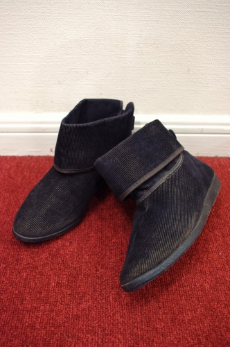 deadstock corduroy short boots