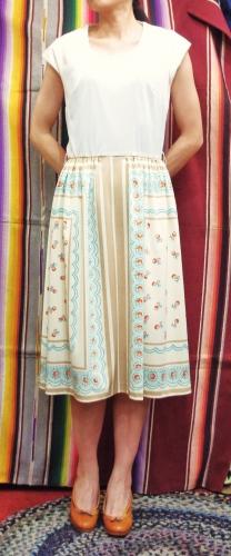 70'S~ FLOWER PRINT FRENCH SLEEVE DRESS(O.WHT/IVY/GRN/N.BRN/RED/PNK)