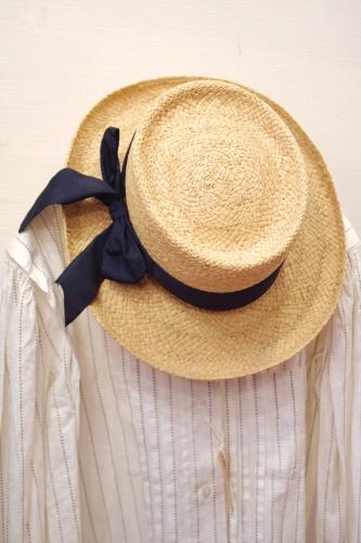 VINTAGE RAFFIA HAT WITH BLACK RIBBON(NTRL)