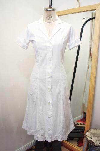 40'S~ OPEN COLLAR COTTON UNIFORM WORK DRESS(WHT)