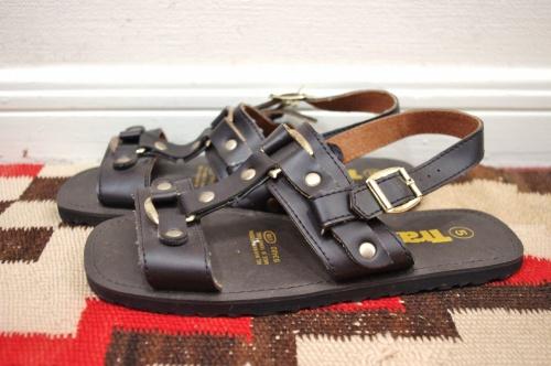 deadstoack sandal