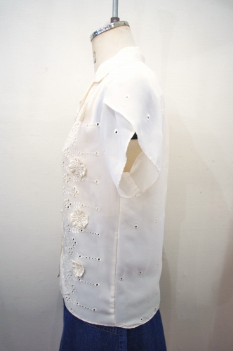 70'S~ EYELET FLOWER EMBROIDERED PETAL SLEEVE BLOUSE(MADE IN USA・IVY)