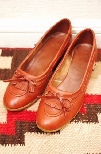 vintage heel loafer