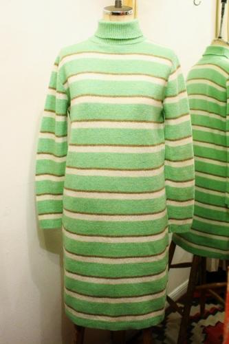 70'S TURTLENECK BORDER SHETLAND WOOL KNIT DRESS (Y.GRN/O.WHT/BRN)